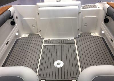 Seadek 2500 Cockpit